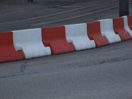 Jersey_barriers