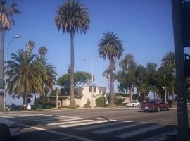 Ocean_Avenue_in_Santa_Monica